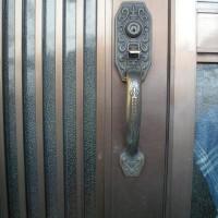 玄関 装飾錠